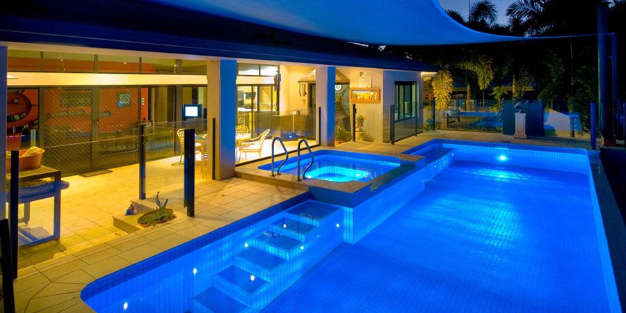 Relax piscine costruzione manutenzione ed installazione - Costo manutenzione piscina ...